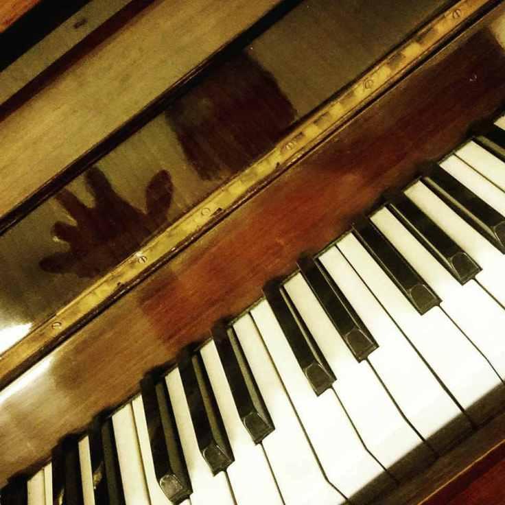 el-nin%cc%83o-que-amaba-a-la-musica-01